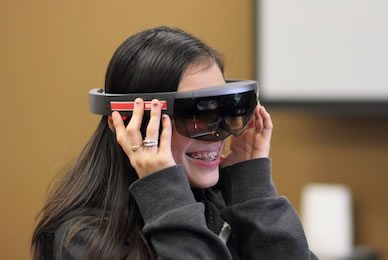 Virtual Reality Brings STEM To Life For Students