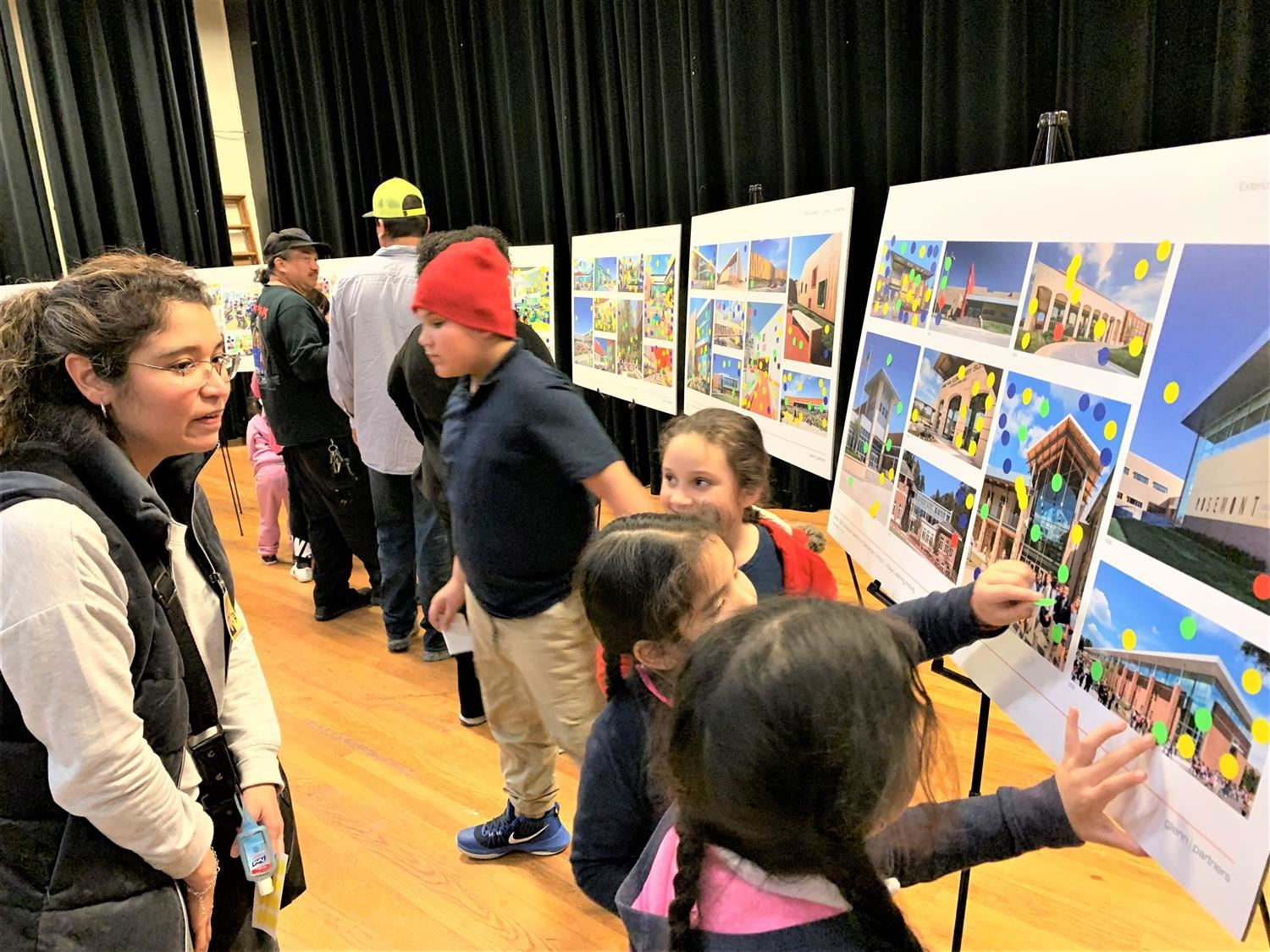 Nathaniel Hawthorne community shares ideas about new school features