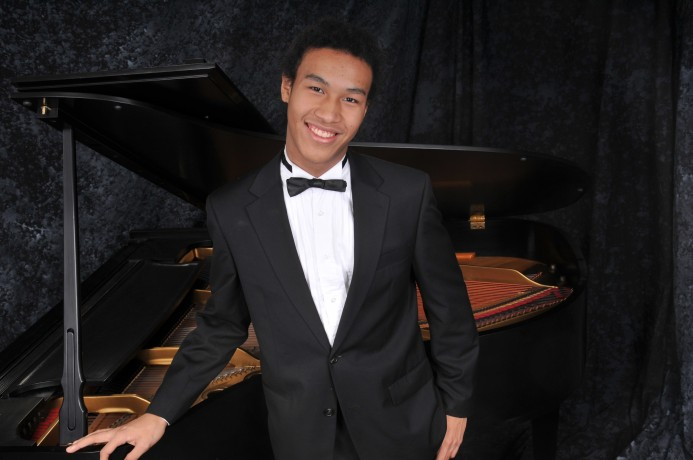 Cliburn Foundation and Booker T. presents: Clayton Stephenson